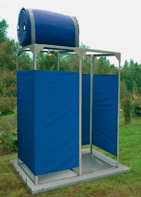 Летний душ Петромаш Садовый с подогревом 220 л. с кабиной 1,6х0,8 м, обтяжкой и раздевалкой
